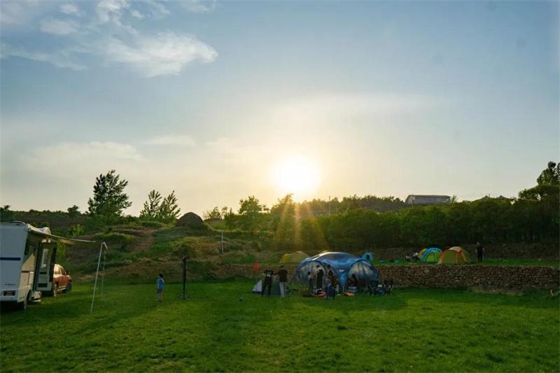 打卡网红房车营地第2期 | 有机会免费的湖畔房车营地,手慢无!